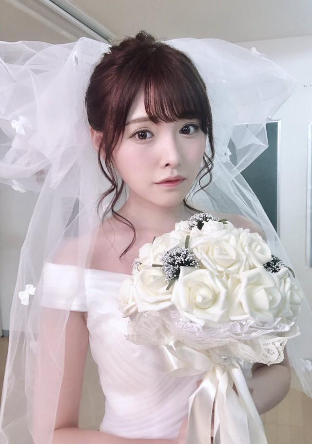 Ngắm nhan sắc ngọt ngào của Arina Hashimoto, tiểu mỹ nữ xinh đẹp nhất làng phim người lớn Nhật Bản - Ảnh 18.