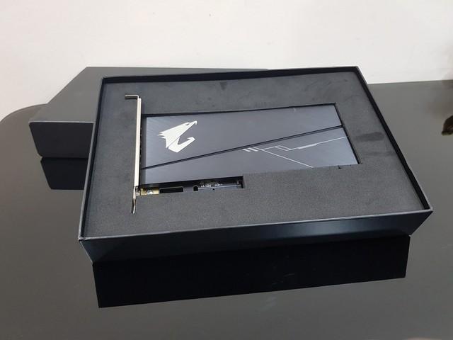 Đánh giá SSD Aorus RGB AIC NVMe: Tốc độ thần sầu, lung linh sắc màu - Ảnh 2.
