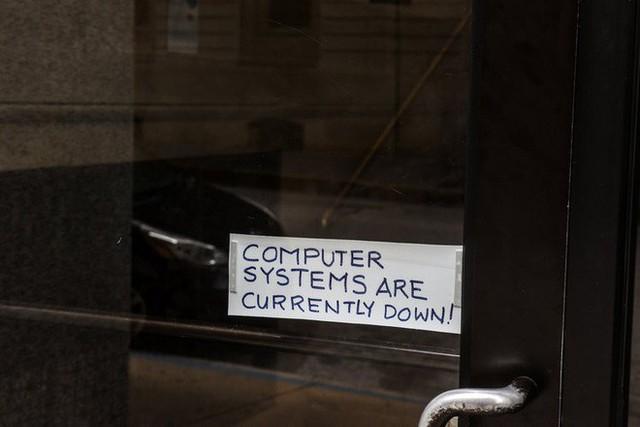 Hacker chiếm quyền kiểm soát hệ thống máy tính thành phố, đòi tiền chuộc 600.000 USD bitcoin ở Florida, Mỹ - Ảnh 1.