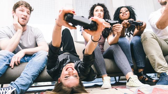Khoa học đã chứng minh: Chơi game giúp tình cảm con người trở nên gắn bó và thân thiết - Ảnh 1.