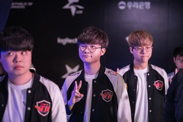 LMHT: Chiếm giữ 4/5 vị trí trong top 5 Thách đấu Hàn, thành viên team Griffin vẫn bị troll sấp mặt - Ảnh 5.