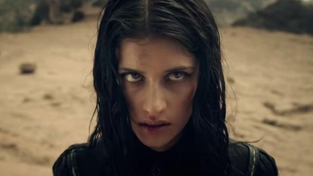 9 chi tiết mà người xem có thể đã bỏ lỡ trong trailer của The Witcher - Ảnh 2.