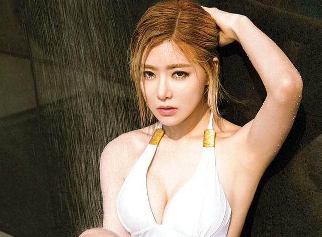 Ngắm nhìn vòng một khủng của DJ Soda - thiên thần âm nhạc của Hàn Quốc - Ảnh 10.