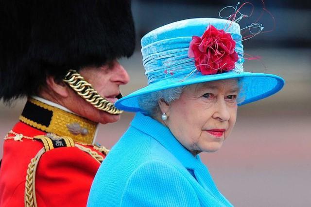 Hai vụ ám sát hụt bị giấu kín gần 40 năm: Chỉ trong 1 năm Nữ hoàng Anh 2 lần suýt mất mạng, danh tính những kẻ chủ mưu không ai ngờ - Ảnh 6.