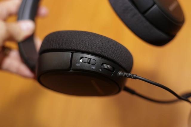 Đánh giá SteelSeries Arctis 1: Tai nghe gaming sừng sỏ trong tầm giá 1,4 triệu đồng - Ảnh 8.