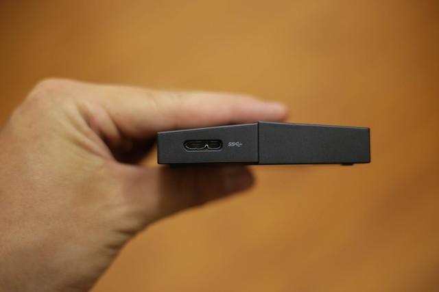 Đánh giá HDD Asus FX 1TB - Ổ cứng di động đẹp tuyệt, đem đi đâu copy game thì ai cũng phải nhìn - Ảnh 4.
