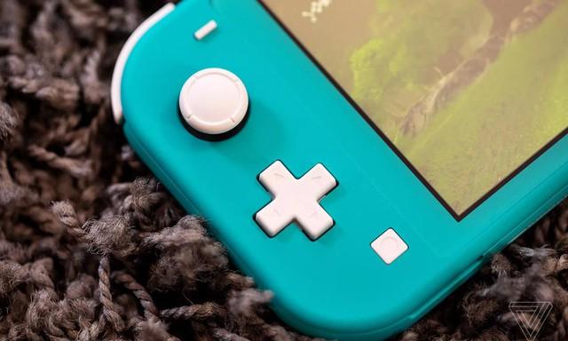 Trên tay Nintendo Switch Lite, hệ máy chơi game cầm tay giá rẻ dành cho học sinh sinh viên - Ảnh 8.