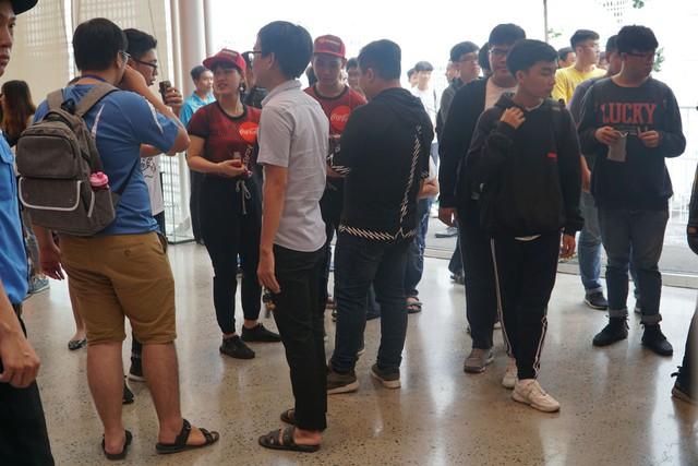 LMHT: Chung kết VCS mùa hè 2019 - Sức nóng lan tỏa từ trận đấu siêu kinh điển của LMHT Việt Nam - Ảnh 3.