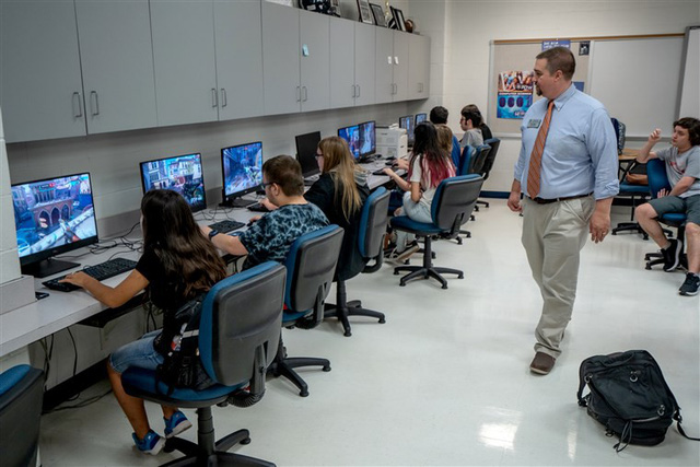 Đại học Mỹ phát triển xu hướng tuyển sinh dựa vào trình độ game thủ, có hẳn gói học bổng 370 tỷ - Ảnh 2.