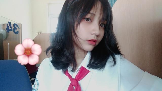Đi xem giải vô tình lọt vào camera, cô nàng 2K4 xinh đẹp phổng phao bị cộng đồng CS:GO Việt săn info ráo riết - Ảnh 8.