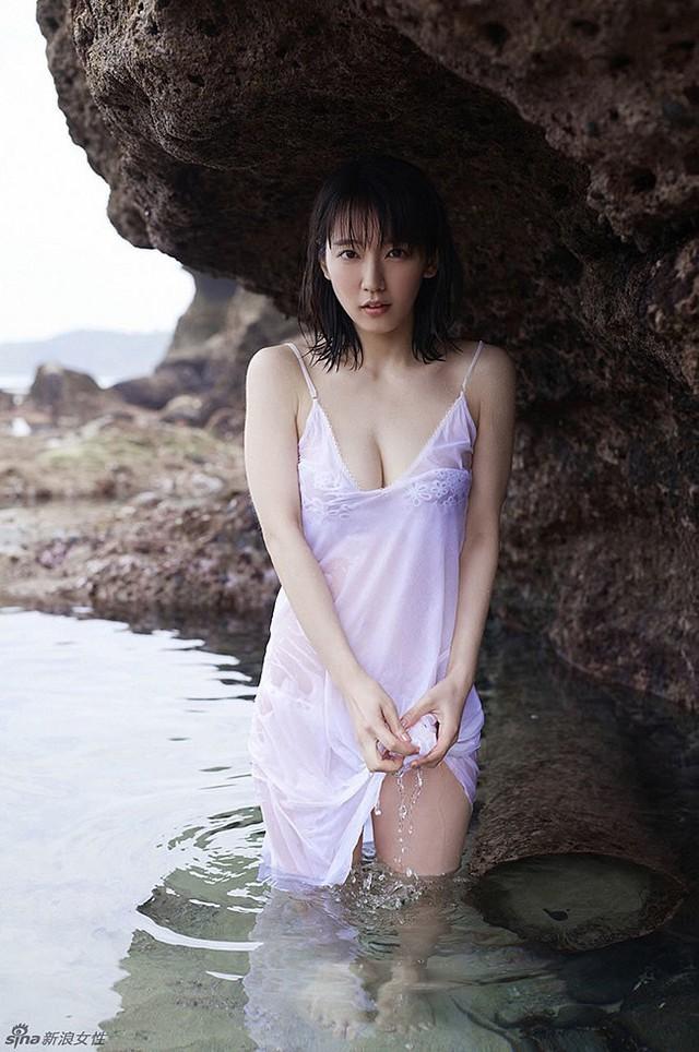 Mê hồn với tiên nữ tắm suối nóng bỏng ở Nhật Bản, giỏi thư pháp lại còn biết chơi cả kèn saxophone - Ảnh 14.