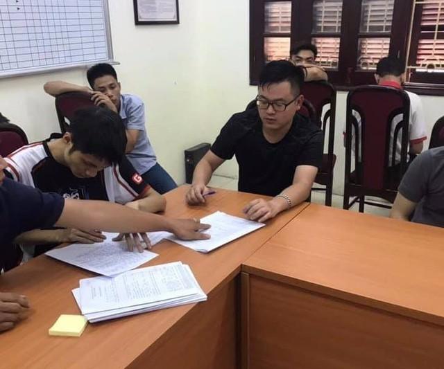 Tạm dừng giải đấu AoE Vietnam Open 2019 vì sự cố ngoài ý muốn - Ảnh 2.