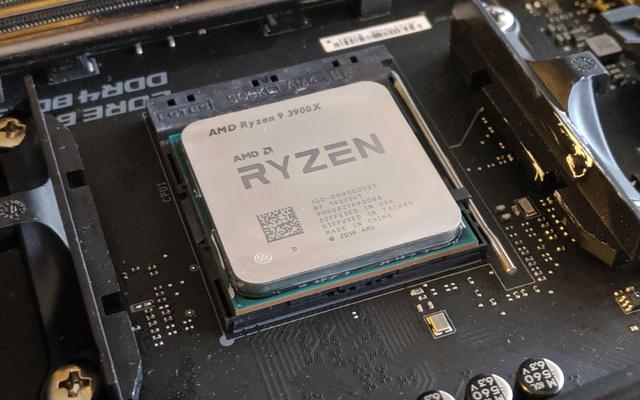 Lần đầu tiên sau 14 năm, AMD giành tới 40% thị trường CPU khỏi tay Intel