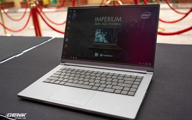 Trên tay laptop 'cộp mác Việt' VGS Imperium: Thiết kế đơn giản 'giấu' cấu hình mạnh mẽ
