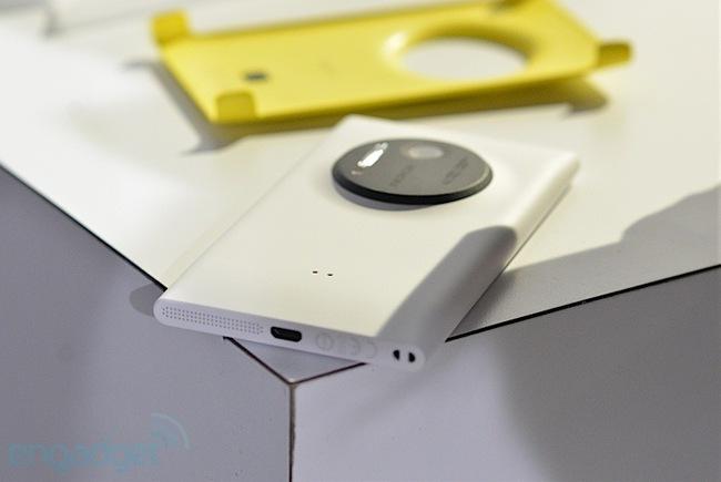 Loạt hình ảnh thực tế về Nokia Lumia 1020