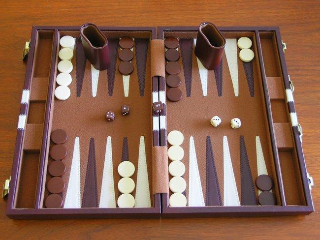 Những trò chơi hại não nhưng lại dễ gây nghiện