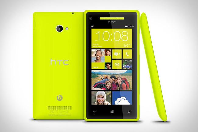 """Microsoft tức tốc mua lại Nokia vì cựu vương đã """"chán ngấy"""" Windows Phone?"""