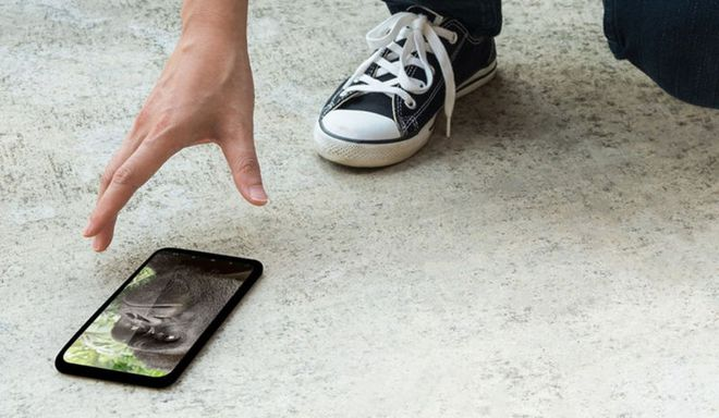 Lớp phủ bảo vệ giống như kim cương này sẽ giúp màn hình smartphone trở nên vô đối, bất chấp hầu hết lực tác động - Ảnh 1.