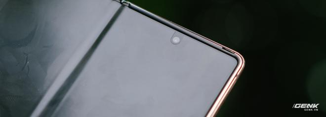 Trải nghiệm Samsung Galaxy Z Fold2: Người giàu không chơi game? - Ảnh 16.