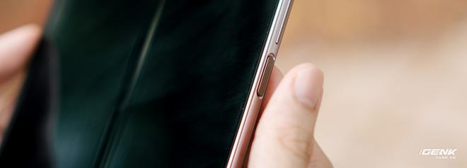 Trải nghiệm Samsung Galaxy Z Fold2: Người giàu không chơi game? - Ảnh 6.