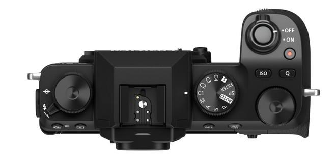 Fujifilm công bố máy ảnh X-S10: Nhỏ nhắn, vừa túi tiền, đủ tính năng - Ảnh 5.