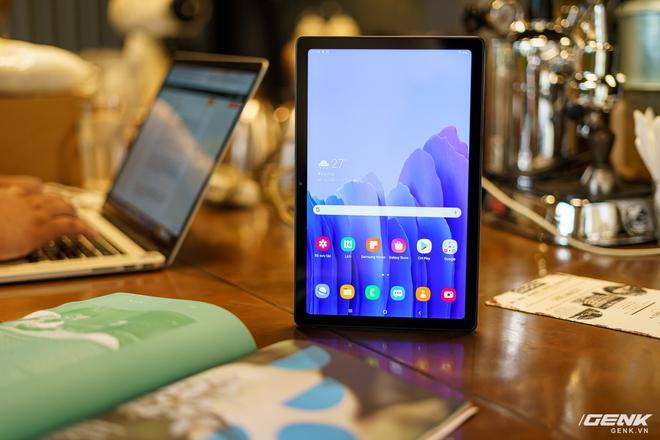 Mở hộp Samsung Galaxy Tab A7: thiết kế pha lẫn hoài cổ và hiện đại, loa là điểm mạnh - Ảnh 24.