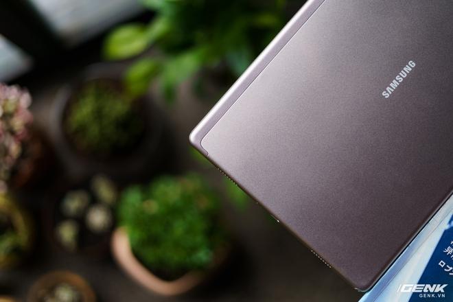 Mở hộp Samsung Galaxy Tab A7: thiết kế pha lẫn hoài cổ và hiện đại, loa là điểm mạnh - Ảnh 23.