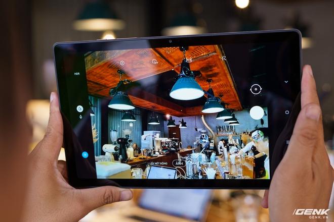 Mở hộp Samsung Galaxy Tab A7: thiết kế pha lẫn hoài cổ và hiện đại, loa là điểm mạnh - Ảnh 10.