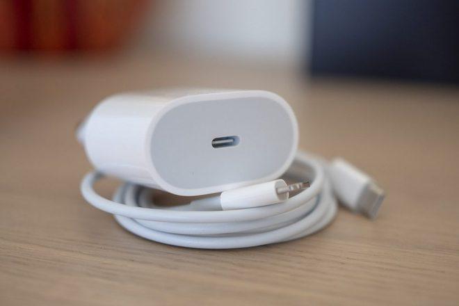 Hóa ra loại bỏ củ sạc trên iPhone 12 chẳng có nhiều lợi ích với môi trường - Ảnh 4.