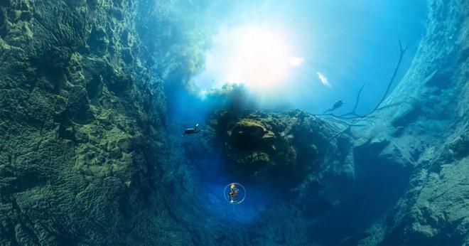 Choáng ngợp trước bức ảnh panorama độ phân giải 826.9MP dưới lòng đại dương xanh - Ảnh 1.