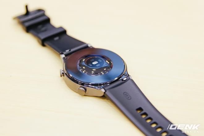 Trên tay Huawei Watch GT 2 Pro chính thức tại Việt Nam: đồng hồ thể thao cao cấp, pin đến 2 tuần giá 8.99 triệu đồng - Ảnh 3.