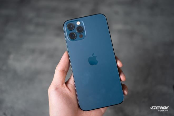 Cảm nhận nhanh về iPhone 12 Pro: Đẹp, nhưng không đáng tiền - Ảnh 5.