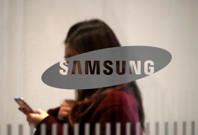 Samsung xin được giấy phép cung cấp màn hình cho Huawei - Ảnh 1.