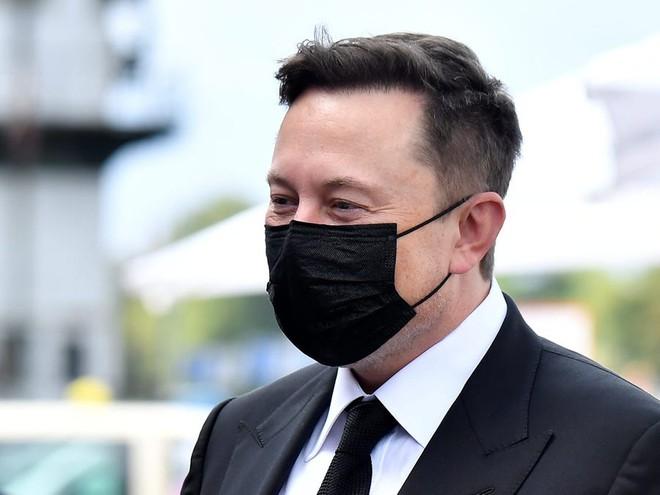 Elon Musk lọt vào danh sách theo dõi đặc biệt của Nhà Trắng về vấn đề COVID-19 - Ảnh 1.