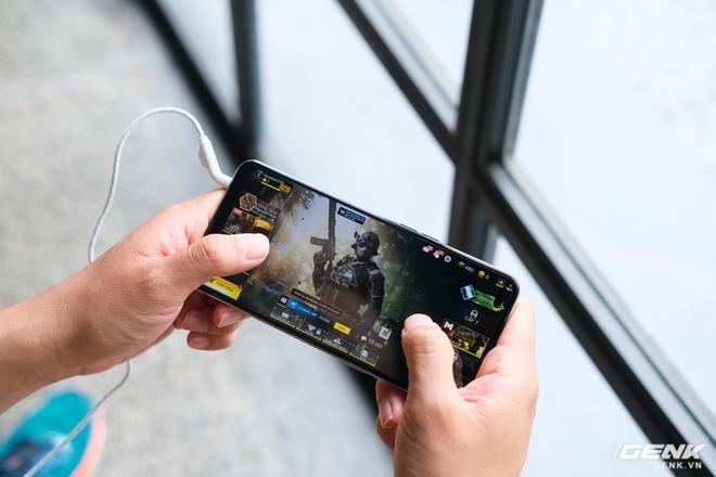 Trên tay JBL Quantum 50: Tai nghe có dây dành cho dân chơi game, housing hầm hố, nhiều phím chức năng, giá dưới 900.000 đồng - Ảnh 12.
