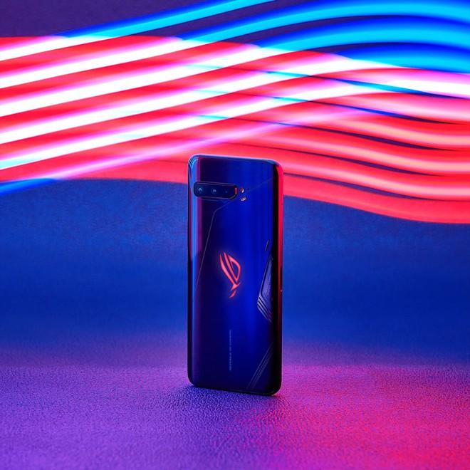ASUS ra mắt thế hệ gaming phone ROG Phone 3 tại VN, giá 23 triệu đồng - Ảnh 1.