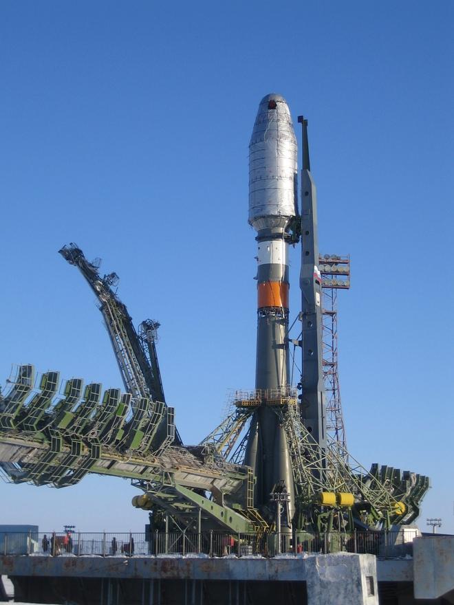 Cơ quan hàng không Vũ trụ Nga công bố tên lửa Amur, trông y hệt Falcon 9 của SpaceX - Ảnh 1.