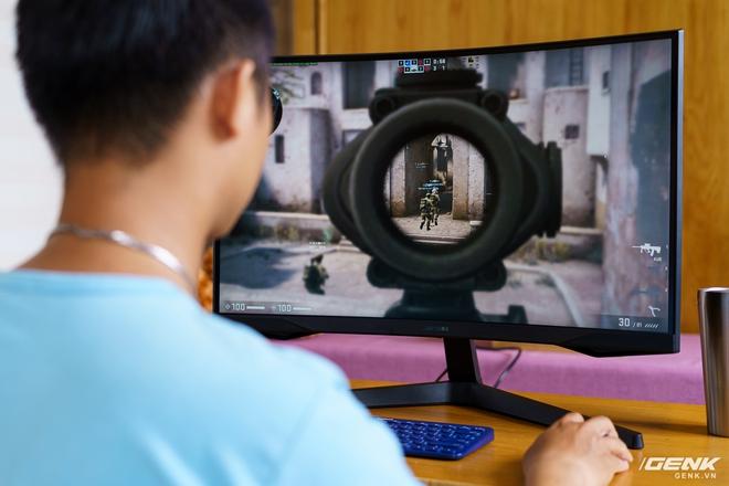 Trên tay và trải nghiệm nhanh Odyssey G5: màn hình cong chuyên game 144 Hz, tốc độ đáp ứng 1ms từ Samsung - Ảnh 12.