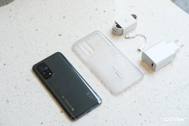 Trên tay Xiaomi Mi 10T Pro 5G: Mặt lưng bóng bẩy, màn LCD 144Hz, cấu hình mạnh dư sức chơi Genshin Impact mức cao nhất - Ảnh 2.