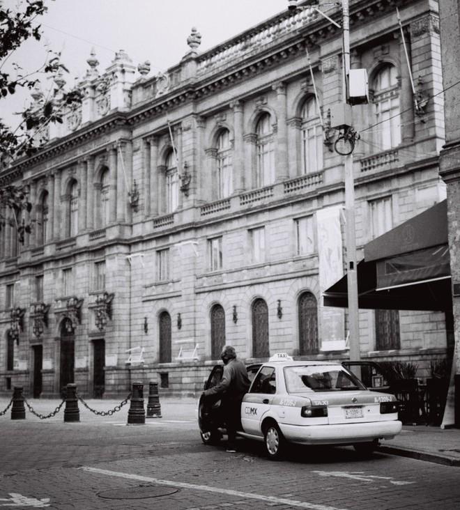 Cách chụp ảnh như nữ nhiếp ảnh gia đường phố Vivian Maier - Ảnh 3.