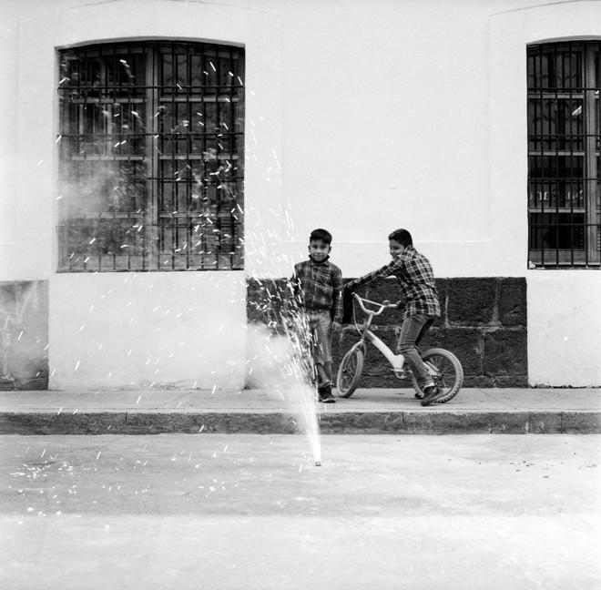 Cách chụp ảnh như nữ nhiếp ảnh gia đường phố Vivian Maier - Ảnh 15.