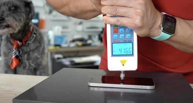 Tìm hiểu về kính bảo vệ Ceramic Shield trên iPhone 12, liệu có tốt hơn các loại kính bảo vệ khác? - Ảnh 1.