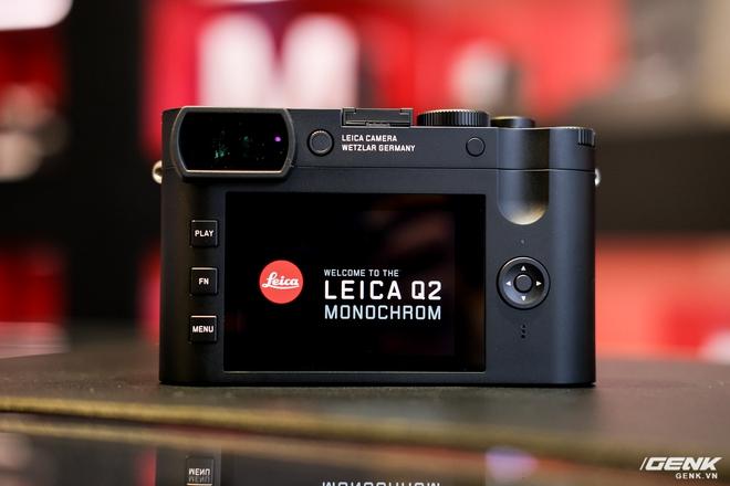 Trên tay Leica Q2 Monochrom đầu tiên tại Việt Nam: Phiên bản chỉ dành cho tín đồ đen trắng, loại bỏ logo chấm đỏ, chi tiết da bọc và lớp sơn được thay đổi, giá 155 triệu đồng - Ảnh 11.