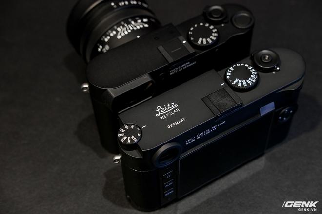 Trên tay Leica Q2 Monochrom đầu tiên tại Việt Nam: Phiên bản chỉ dành cho tín đồ đen trắng, loại bỏ logo chấm đỏ, chi tiết da bọc và lớp sơn được thay đổi, giá 155 triệu đồng - Ảnh 20.