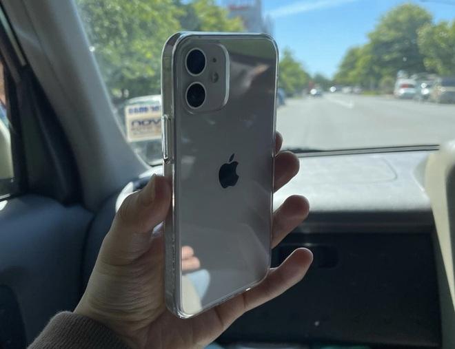 iPhone 12 Pro Max và iPhone 12 mini bắt đầu đến tay người dùng thế giới, hàng xách tay đang rục rịch về Việt Nam - Ảnh 5.