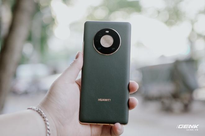Chi tiết Huawei Mate40 Pro: Chiếc máy Android tốt nhất, nhưng...? - Ảnh 1.
