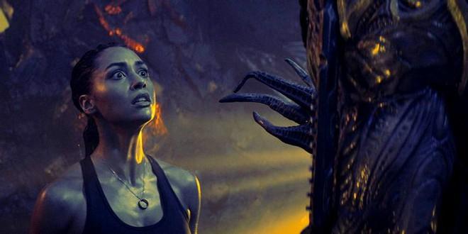 Những bộ phim sci-fi sẽ ra mắt vào cuối năm 2020: Đề tài chiến tranh giữa nhân loại - người ngoài hành tinh lên ngôi - Ảnh 4.