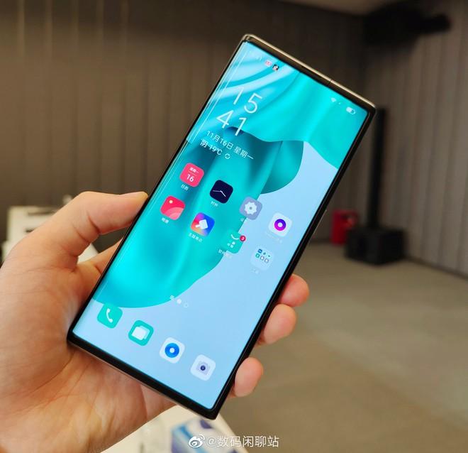 OPPO ra mắt X 2021: Smartphone với màn hình có thể cuộn lại đầu tiên trên thế giới - Ảnh 7.