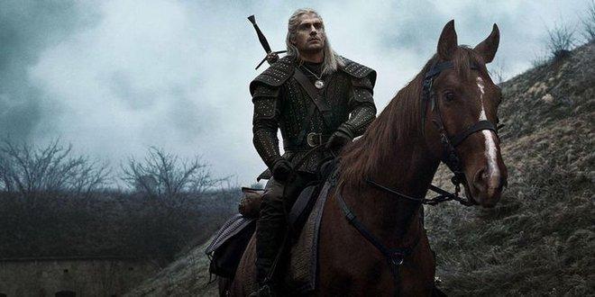 The Witcher: Sử dụng nhiều hơn 1 con ngựa nhưng tại sao Geralt luôn gọi chúng là Roach? - Ảnh 1.