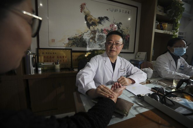 The Chinese doctor claims that oriental medicine has the ability to completely cure diabetes - Photo 3.